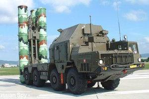 Η Ρωσία έθεσε σε συναγερμό τις συστοιχίες πυραύλων S-300 και S-400
