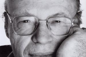 Πέθανε ο συγγραφέας Πατρίκ Κοβέν