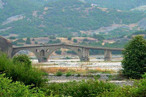 Πρόβλημα στατικότητας στο γεφύρι της Σαρακίνας