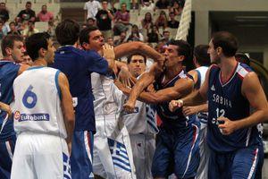 Παίρνει κεφάλια η FIBA