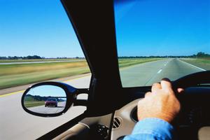 Οδήγηση και δυνατοί άνεμοι