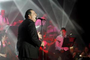 Συναυλία-γιορτή από τον Βασίλη Καρρά