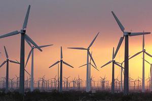 Συνωστισμός επενδυτών για την αιολική ενέργεια