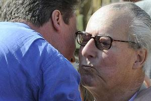 Πέθανε ο πατέρας του βρετανού πρωθυπουργού