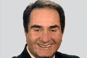 Έχασε τη δίκη με το Wikipedia για το «όνειδος» ο Κατσανέβας