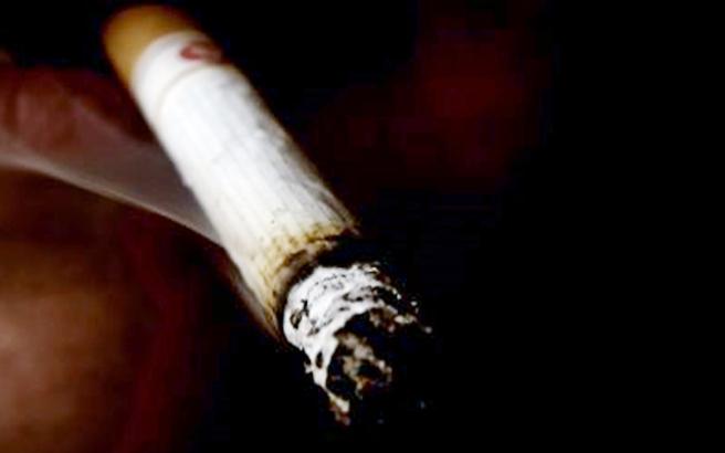Αν θέλετε να κόψετε το τσιγάρο, κάντε το απότομα κι όχι σταδιακά