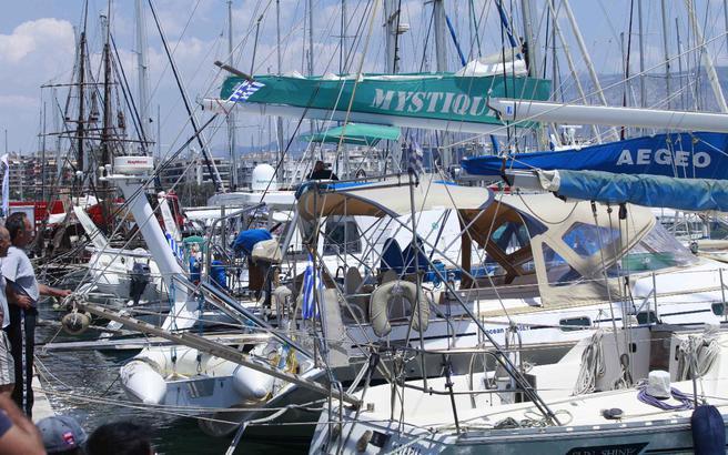 Φάμπρικα παράνομων ναυλώσεων στις ελληνικές θάλασσες