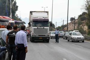 Έξοδος Πάσχα: Σε ισχύ από σήμερα η απαγόρευση κυκλοφορίας φορτηγών