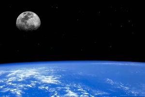 Πτήση μετ' επιστροφής και περίπατος στη... σελήνη