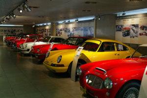 Εκατομμύρια επισκέπτες στο Μουσείο Αυτοκινήτου