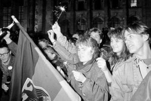 Είκοσι χρόνια από την πτώση του «Τείχους»