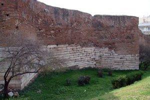 Στο ΕΣΠΑ η ανάδειξη των Τειχών της Θεσσαλονίκης