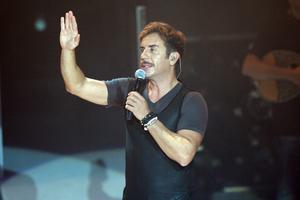 Ετοιμάζει συναυλία στη Νίκαια ο Μαζωνάκης
