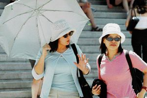 Οι Κινέζοι τουρίστες  ξοδεύουν τα περισσότερα λεφτά