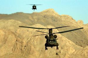 Ανεφοδιασμός από αέρος των στρατιωτών του ΝΑΤΟ