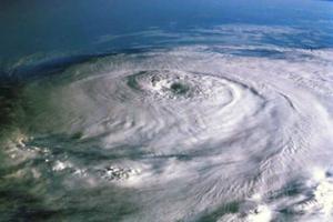 Περιμένουν μέχρι και 10 τυφώνες στον Ατλαντικό