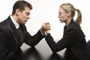 Οι γυναίκες προτιμούν άνδρα αφεντικό