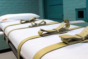 Αναβάλλονται οι πρώτες εκτελέσεις θανατοποινιτών στις ΗΠΑ, μετά από μορατόριουμ 17 ετών