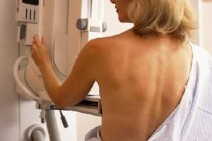 Η ηλικία συνδέεται με τον καρκίνο του μαστού