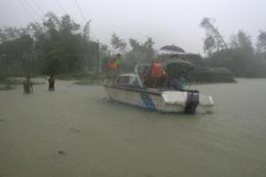 Άλλοι 32 οι νεκροί από πλημμύρες στο Βιετνάμ