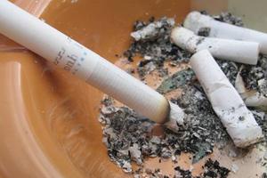 Καμπανάκι ΚΕΠΕ για τον φόρο στα τσιγάρα
