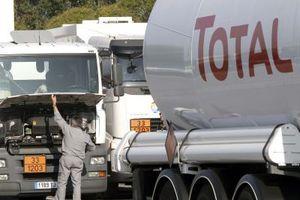 Σε λειτουργία 6 διυλιστήρια της Total στη Γαλλία
