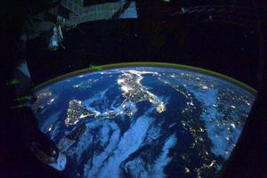 Νυχτερινή φωτογράφηση της Γης από το διάστημα