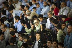Θετικές οι πολιτικές εξελίξεις στο Ιράν