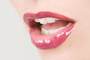 Πώς θα αποκτήσετε μεταξένια χείλη