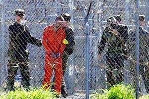 Αποζημίωση κρατουμένων για βασανιστήρια στο Γκουαντάναμο