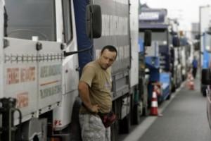 Προς κινητοποιήσεις οι ιδιοκτήτες φορτηγών