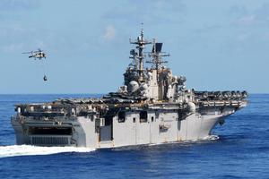 Το «Iwo Jima» έριξε άγκυρα στη Λεμεσό