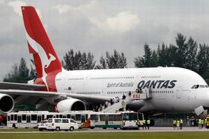 Στην ανεργία 500 εργαζόμενοι της Qantas