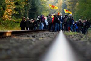 Διαδηλωτές σταμάτησαν τρένο με πυρηνικά απόβλητα
