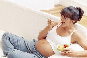 Ποια τρόφιμα πρέπει να προσέχει μία έγκυος