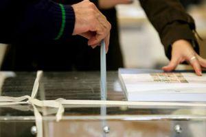 Προηγείται με 3,1% το ΠΑΣΟΚ της Νέας Δημοκρατίας
