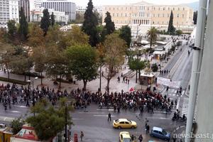 Με σύνθημα «ο Τεμπονέρας ζει» άρχισε η πορεία των φοιτητών
