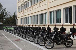 Εφοπλιστές δώρισαν μοτοσικλέτες στο Πυροσβεστικό Σώμα