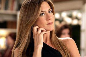 Η πρώην του Theroux που ζηλεύει παράφορα η Aniston