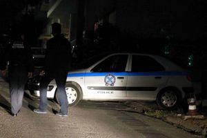 Συνελήφθησαν δύο ληστές και ο «τσιλιαδόρος» τους