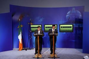 Βοήθεια και εκτός ευρωζώνης στην Ιρλανδία