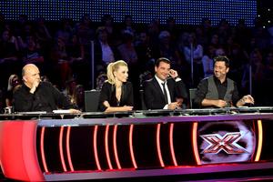 Τέλος στο X Factor