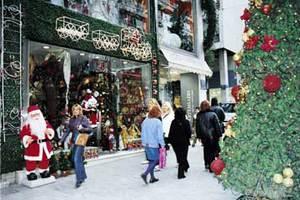 Άρωμα Χριστουγέννων στην αγορά της Θεσσαλονίκης