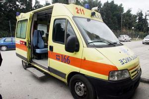 Εκτροπή αυτοκινήτου στη Φθιώτιδα, τραυματίστηκε ο οδηγός