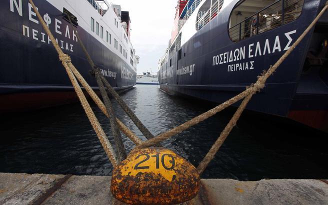Δεμένα τα πλοία στα λιμάνια την Πέμπτη 8 Δεκεμβρίου