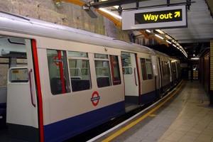 Ανεστάλη η 48ωρη απεργία στον υπόγειο του Λονδίνου