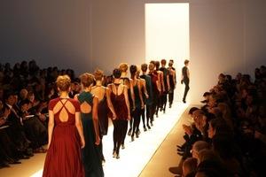 Οίκοι μόδας τα «κάστρα» της κρίσης