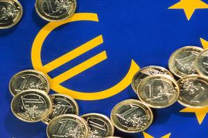 «Εάν η Μέρκελ δεν αποδεχτεί μέτρα λιτότητας 13 δισ. τέλος το ευρώ»