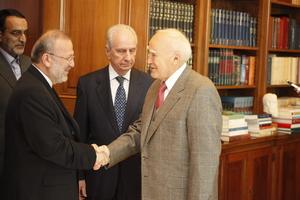 Υπέρ των διαπραγματεύσεων για τα πυρηνικά η Ελλάδα