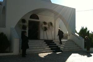Από το μνημόσυνο στο νοσοκομείο 50 άτομα στην Κύμη